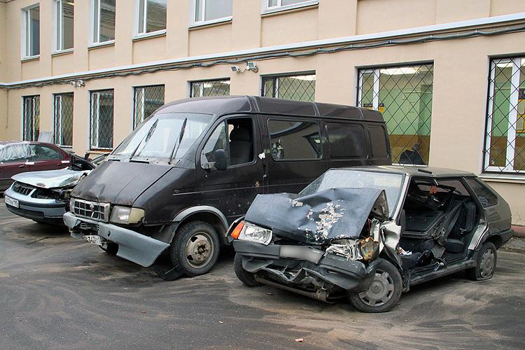 картинки разбитых авто
