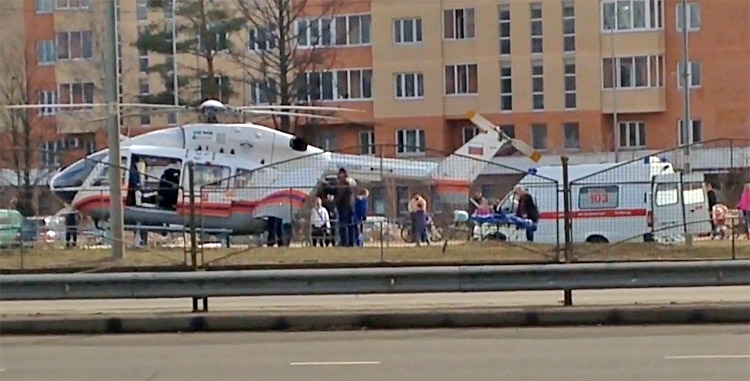 Вертолет у Крюковской эстакады