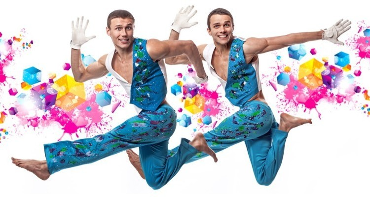 Акробаты братья Данил и Кирилл