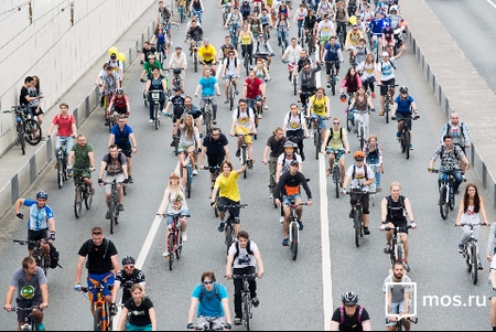 29 мая в электричке можно будет бесплатно провезти велосипед на парад в Москве или Солнечногорске