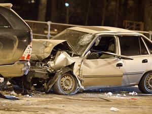 Пострадавшего в ДТП на Панфиловском «вырезали» из машины