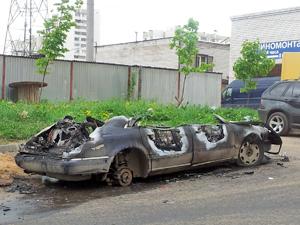 В Андреевке сгорел автомобиль Audi A8