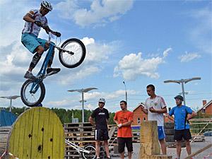Зеленоградские велотриалисты заняли две ступени пьедестала на чемпионате России в Татарстане