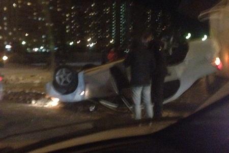На Панфиловском проспекте в «новом городе» перевернулся автомобиль