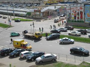 На Панфиловском проспекте в «новом городе» сбили светофор