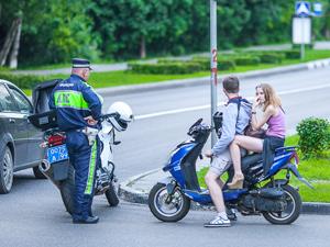 За один день в Зеленограде пострадали два скутериста