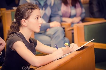 МИЭТ продолжает набор на подготовительные курсы для учеников 9, 10 и 11 классов