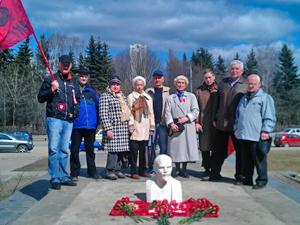 Коммунисты на один день вернули Ленина к Научному центру
