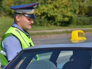 Таксист-нелегал уклонялся от уплаты автоштрафов