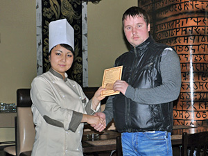 Ресторан «Бахарь» вручил приз народному корреспонденту