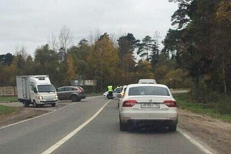 Выезд на Пятницкое шоссе в Жилино перекрыли на час из-за обнаружения снаряда