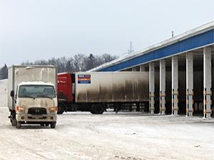 Угнанный из Северной промзоны грузовик попал в ДТП на Ленинградке