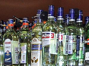 Из кафе «Виват» изъяли 105 бутылок алкоголя