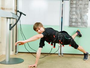 Впервые в  «ТОНУС-КЛУБе®» — EMS-тренировки для мужчин