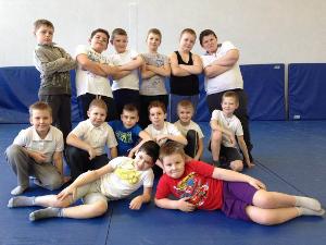 Идет набор детей 6–11 лет в спортивную секцию с элементами греко-римской борьбы