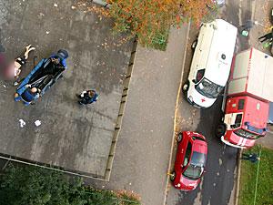 Болевший рассеянным склерозом мужчина выбросился из окна в 16-м микрорайоне