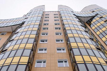 Лифты в новостройке в 1-м микрорайоне не работают из-за усадки здания