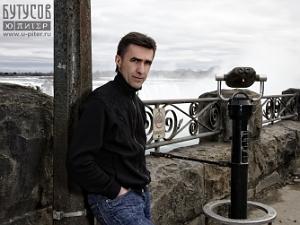 Бутусов представит в ДК «хипповый» альбом