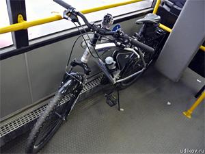 В автобусах разрешили бесплатно провозить велосипеды
