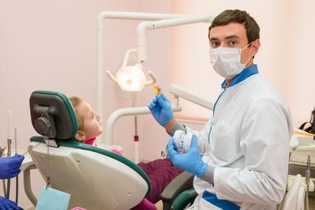 Центр стоматологии «Валерия» предлагает услуги по ценам 2015 года