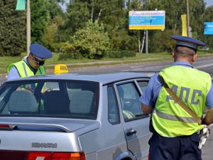 Пассажира такси задержали с крупной партией героина