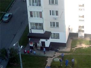 В 4-м микрорайоне мужчина выпрыгнул с седьмого этажа