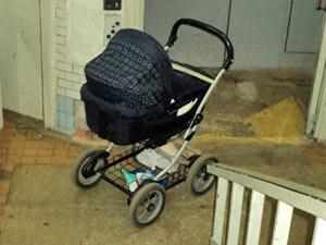За двое суток в Зеленограде сгорели машина, детская коляска и балкон