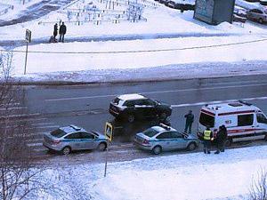На улице Каменке автомобиль сбил женщину на «зебре»