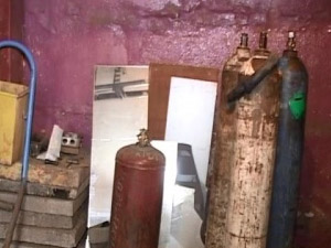 «Жилищник» оштрафовали за хранение газовых баллонов в подвале жилого дома