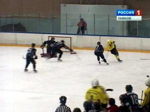 ХК «Зеленоград» выиграл в одном из двух матчей в Тамбове