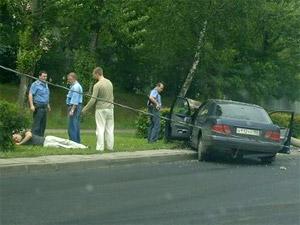 Снесший столб водитель был пьян и без прав