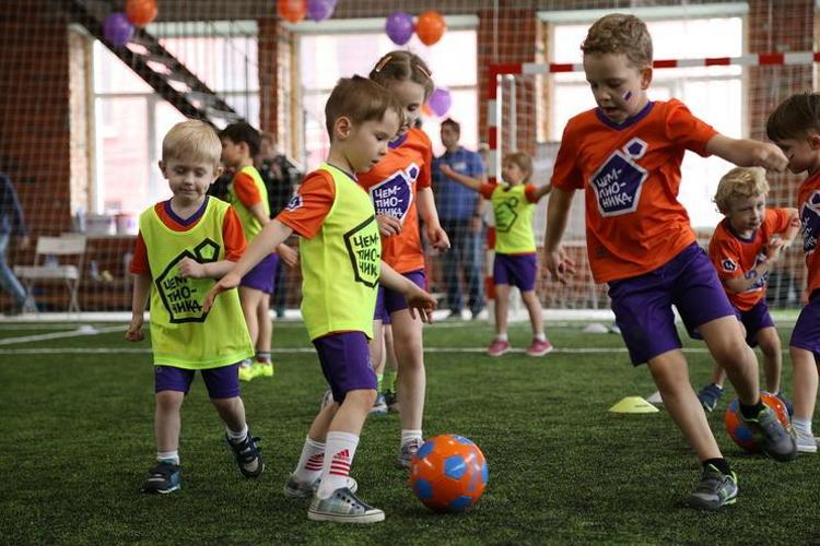 Академия футбола «Чемпионика»: спорт начинается здесь!