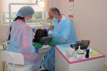 Имплантация зубов по хирургическим шаблонам в Зеленограде