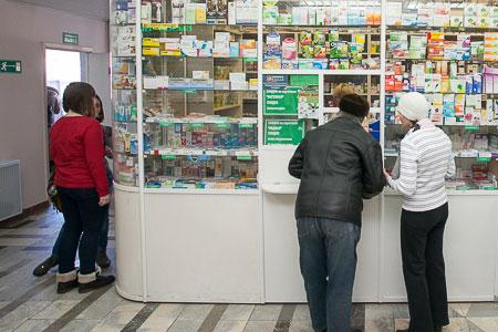 Поликлиника в 20-м микрорайоне планирует обзавестись собственной льготной аптекой