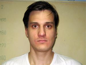 В «цыганской башне» поймали наркосбытчика и серийного магазинного вора