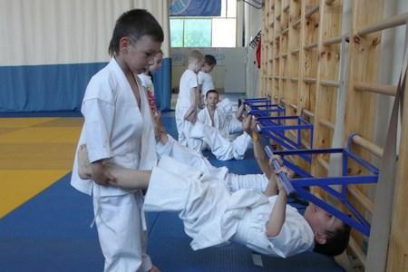 Зеленоградское отделение Федерации каратэ России объявляет набор детей и взрослых в секции
