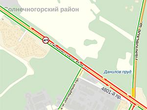 На Ленинградке мотоциклист сбил пешехода