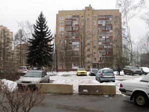 Жителям 1-го микрорайона компенсируют потерянные из-за стройки парковочные места