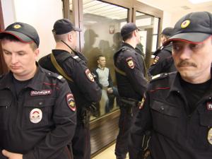 Байкер Юрий Некрасов освобожден в зале суда