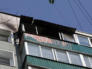 Из горящей квартиры спасен ребенок
