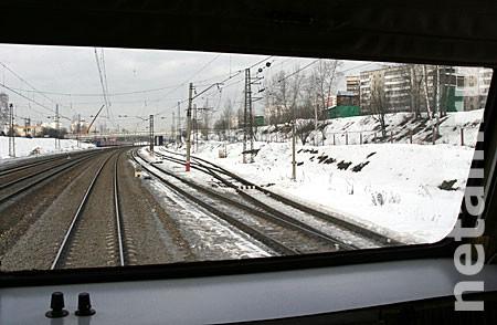 В Подрезково поезд сбил человека