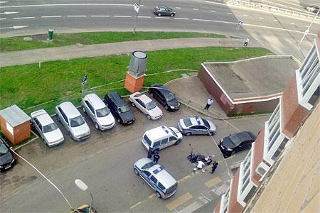 Школьница спрыгнула с 17-го этажа в 8-м микрорайоне