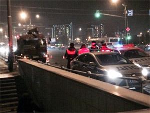 Сбитый неизвестным водитель грузовика-манипулятора скончался
