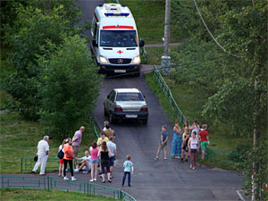 В 11-м микрорайоне автомобиль сбил велосипедиста