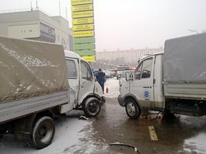 На Савелкинском проезде столкнулись две «Газели»
