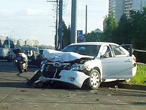 Водитель без прав устроил аварию и ушел с места ДТП