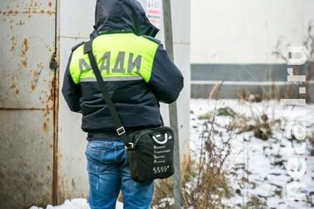 Парковочные инспекторы начали выписывать штрафы за стоянку на газонах в Зеленограде