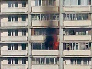 В 10-м микрорайоне сгорел балкон квартиры