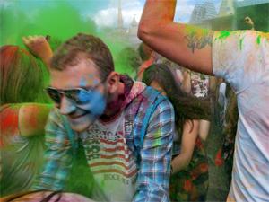 Ночной клуб Z1 устроит фестиваль красок Холи