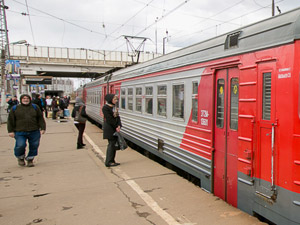 На станции Крюково возведут временную деревянную платформу